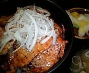 炭焼豚丼 源