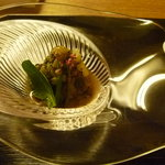 京洛肉料理 いっしん - ミスジと秋茄子の前菜 とんぶりとつるむらさきを添えて