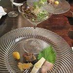 文菜華 - 前菜盛り合わせ。ピータン豆腐旨し。