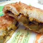 ソオカナ - 「カレーパン」たっぷり詰まったカレー