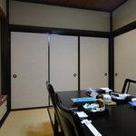佐久寿司 - 椅子の個室