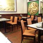 龍興飯店 - 大きなドラゴンが・・・