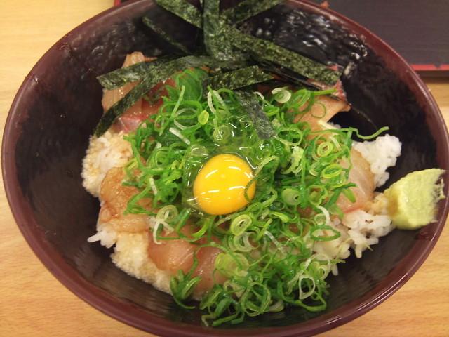 https://tabelog.ssl.k-img.com/restaurant/images/Rvw/10374/640x640_rect_10374901.jpg