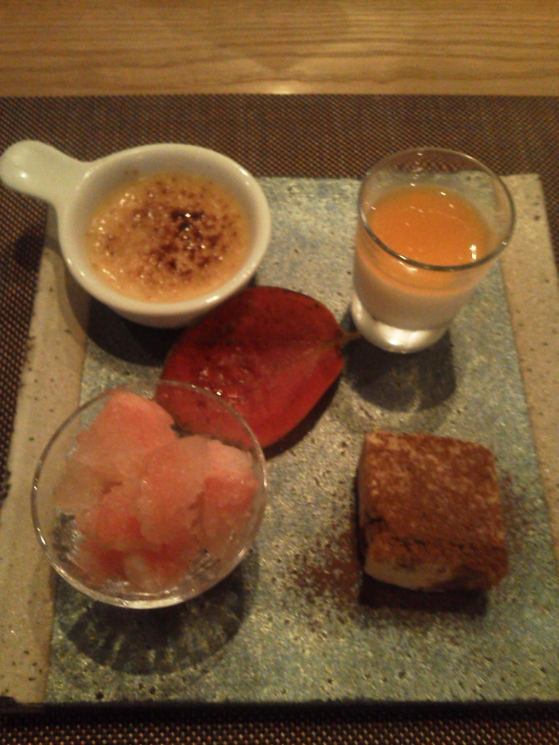 楽の蔵 レストランChez tomo.