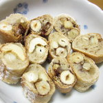 プクプク - 木の実と生姜のパンの断面