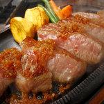 ジパング - 料理写真:ここに来たらやっぱり熟成和牛サーロインステーキ!最高!