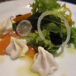fi-ne - 料理写真:自家製ノルウェーサーモンの燻製 えびイモのフォンダン