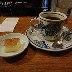 10523091 - ジャーマンローストコーヒー&サービスケーキ