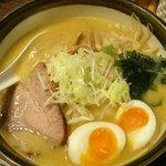 北海道ラーメン 味丸  - 札幌味噌味玉入り