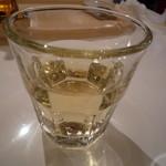 アドピッツア - グラスワイン380円