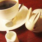 チェリーズ スプーン - ブレンドコーヒー。コーヒースプーンとシュガーポットがカワイイw