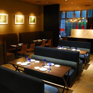 https://tabelog.ssl.k-img.com/restaurant/images/Rvw/10589/10589038.jpg