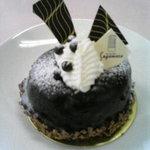 スガマタ - 塩のチョコケーキ