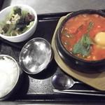 韓豚屋 - 純豆腐チゲセット