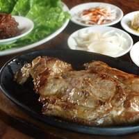 チャメ - ディナーはおつまみも多数!美味しいお肉料理もあります!!