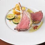 オブスキュール - 料理写真:仔羊の背肉のロティ ジュのソース