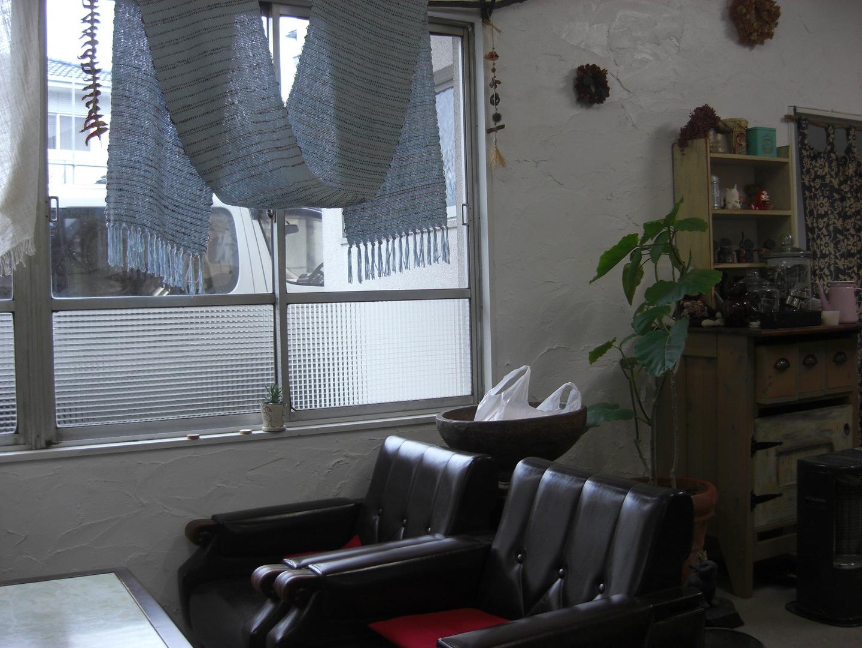 トナリ食堂