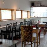 cafe moyau - 内観写真: