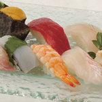 矗々家 - 寿司盛合せ 1380円