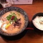 うどん処 麦一 - 博多らーめん+ライス