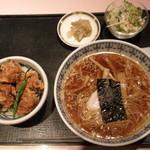 中国菜館 志苑 - 唐揚げ丼+特製ラーメン