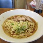 jikaseimenitou - 料理写真:支那そば(具なし)