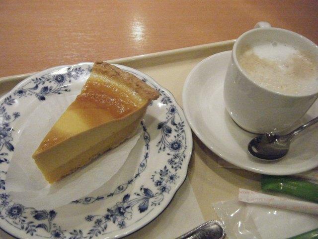 ドトールコーヒーショップ エミオ狭山市店