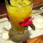 モンキーポッドキッチン - オレンジジュース ランチについてます
