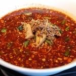 四川豆花飯荘 - 山椒ととうがらしの激辛タンタン麺