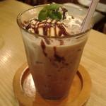 喫茶 ばーんせっと - アイスココアフロート580円