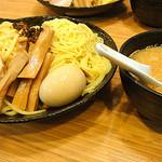 景虎 - つけ麺大盛り