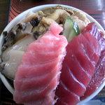 かもめ食堂 - 3色丼
