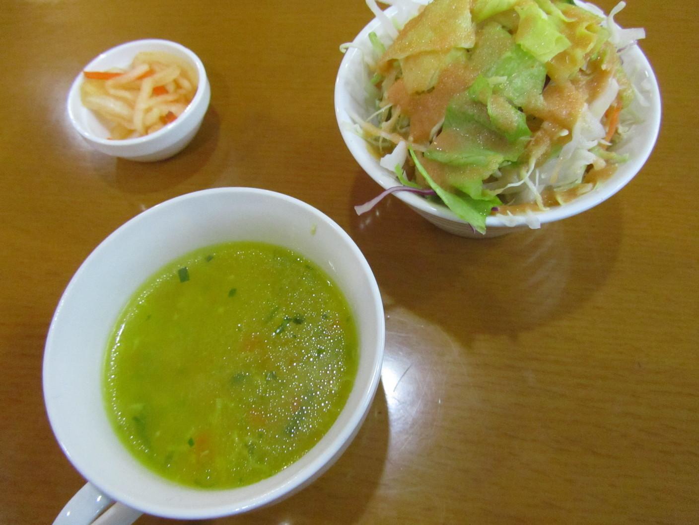 サンデスカフェレストラン