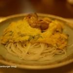ビーフン東 - カキと春菊の卵炒めビーフン