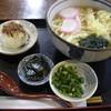 めん吉 - 料理写真:天婦羅うどん(630円)とおにぎり1個(80円)