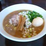 麺や 高野 - 豚骨魚介醤油らぁ麺+あじ卵(800円)