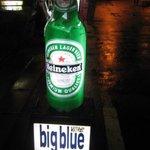BIG BLUE - 入口の看板