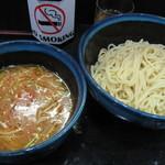 〇丈 - ボンjoeルノ トマト牡蠣つけ麺