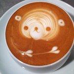 プレストコーヒー - 料理写真:カプチーノ くまのラテアート ¥550