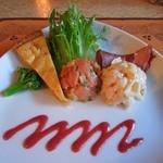 ポリネシアンテラス レストラン - 「前菜の盛り合わせ(ツナのキッシュ、ロミロミサーモン、パスタサラダ、サラミソーセージ)」