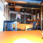 シューシノア - カフェ風な店内