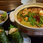 かめ吉 - 鍋焼き定食の味噌キムチ