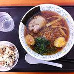 ホロホロラーメン - しょうゆラーメン + ミニから揚げ丼