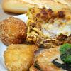 デ デリ - 料理写真:ラグーソースのラザニア チキンカツパルメザン風味 アランチーニ バゲット
