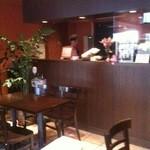 お菓子の家 鎌倉小川軒 - カフェ店内