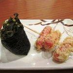 丸亀製麺 - ウインナー天\100&高菜おむすび¥120