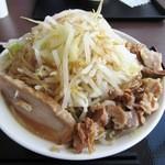 ジャンクガレッジ - ラーメン中(野菜増し)¥720
