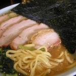 横浜ラーメン 一心 - 麺とスープ