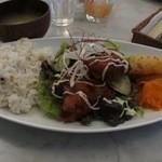 山猫軒 - ランチ 鶏の唐あげ スパイシーソウル風ソース ¥1280-