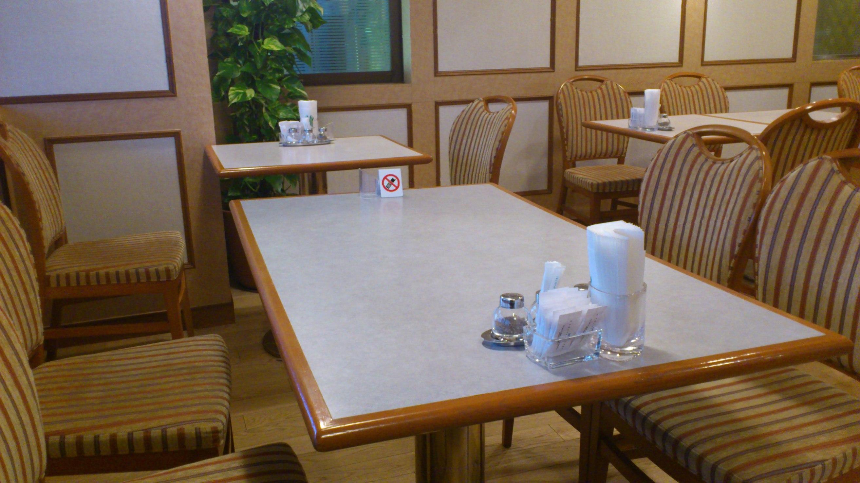 カフェレストラン 楓